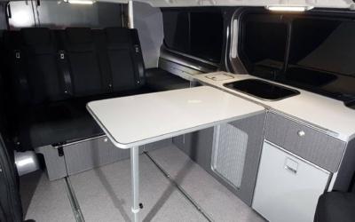 salón espacioso furgoneta camper